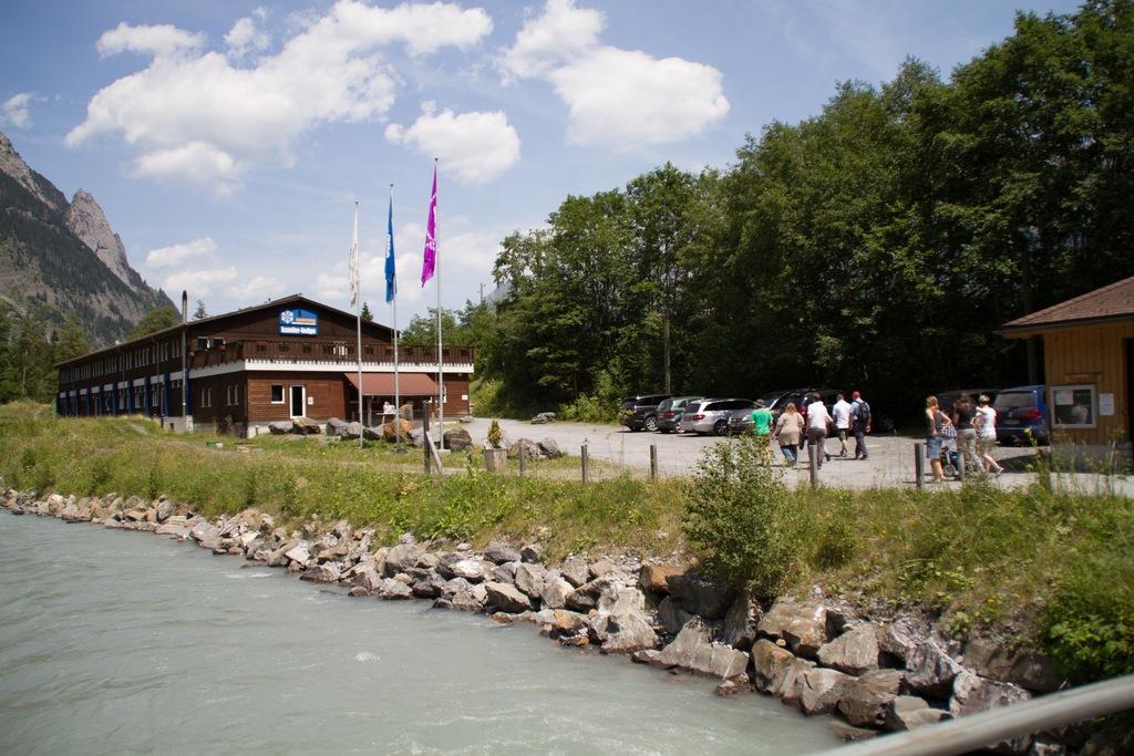Chalet (Hauptgebäude) und Kander-Lodge,  3718 Kandersteg - 1514