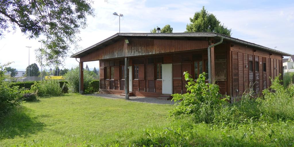 Pfadiheim Murten, 3280 Murten - 4501 - Terrasse und Spielwiese