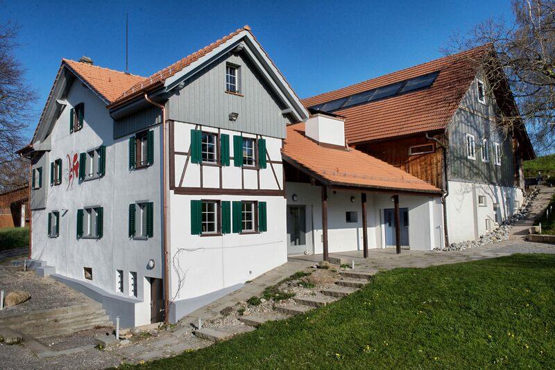 Pfadiheim Buech, 8704 Herrliberg - 9619 - Intro