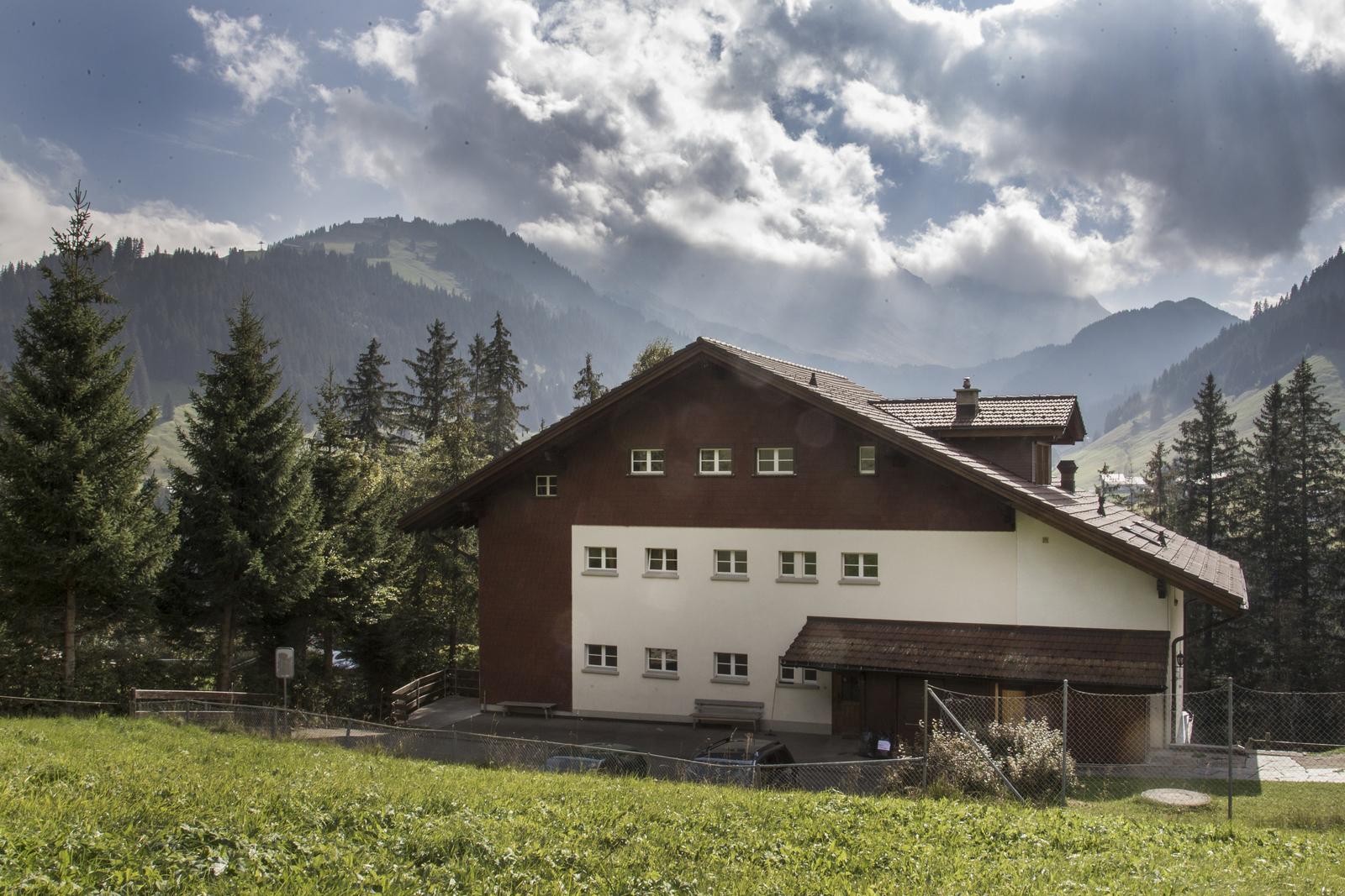 Jugendhaus der Heilsarmee, 3715 Adelboden - 9631 - Hinteransicht